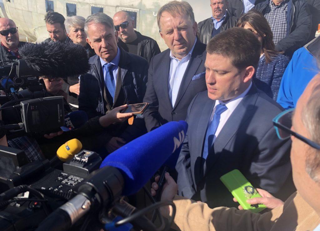 Ministar Butković: investicija u otočki aerodrom iznosi 11 milijuna kuna, realna je i mi ćemo je podržati!