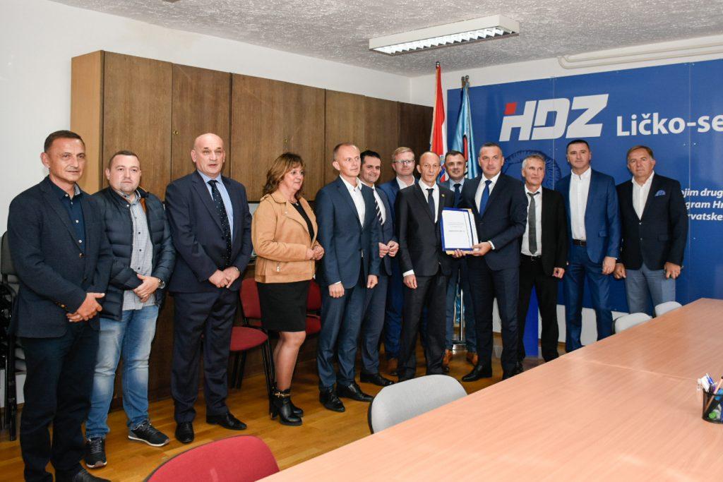 Ernest Petry predao kandidaturu za predsjednika ŽO HDZ-a Ličko-senjske županije