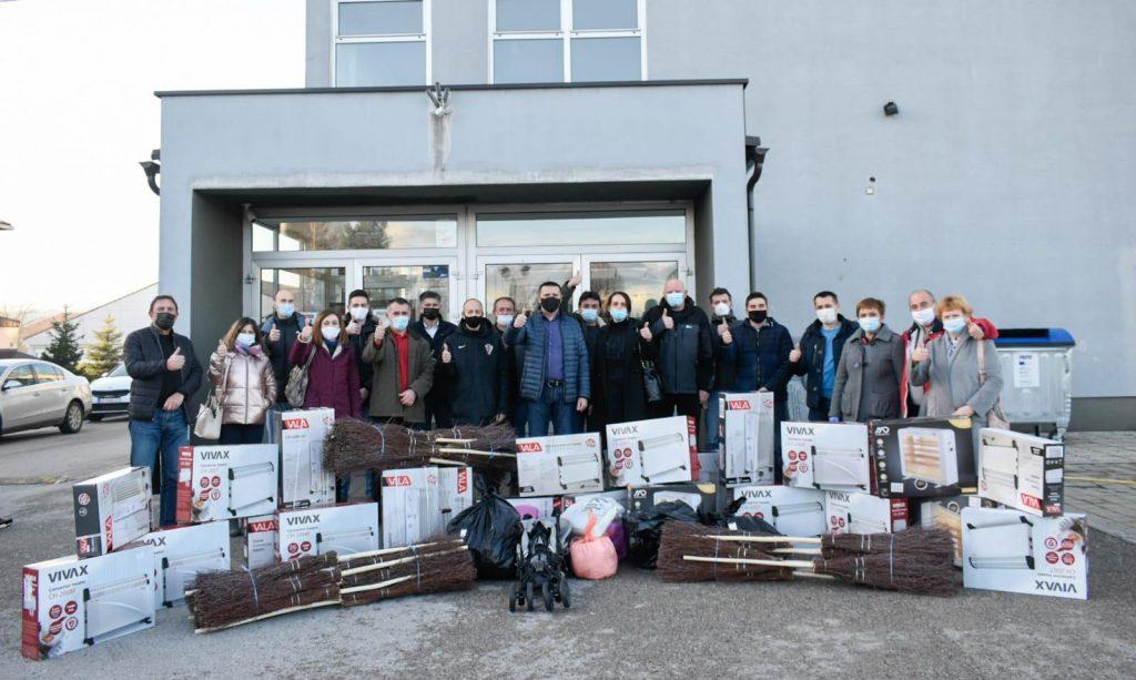 Gospićki HDZ aktivan u organizaciji pomoći potresom stradalih područja